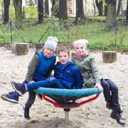 Small plac zabaw park kasztanowy w cieszynie