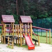Small plac zabaw dla dzieci herby