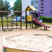 Small plac zabaw dla dzieci zabrze ul. broniewskiego