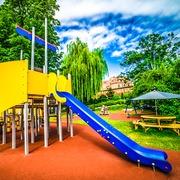 Small plac zabaw dla dzieci torun