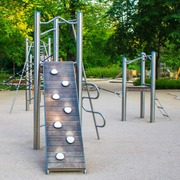 Small plac zabaw w ogrodzie krasinskich warszawa