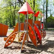 Small plac zabaw dla dzieci konskie