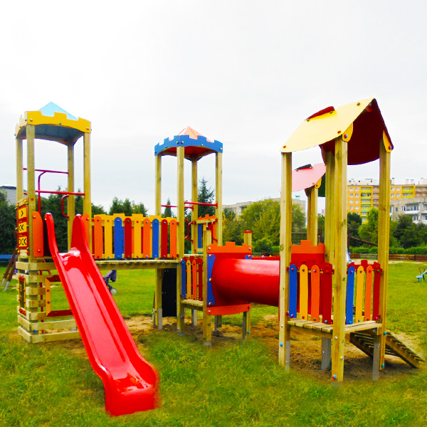 Plac zabaw walbrzych  ul. forteczna