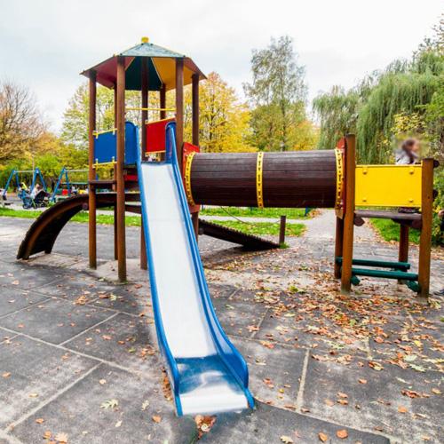 Plac zabaw krakow park lotnikow polskich