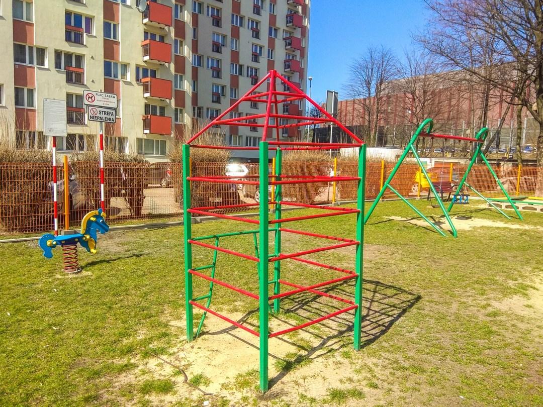 Plac zabaw katowice uniwersytecka  5