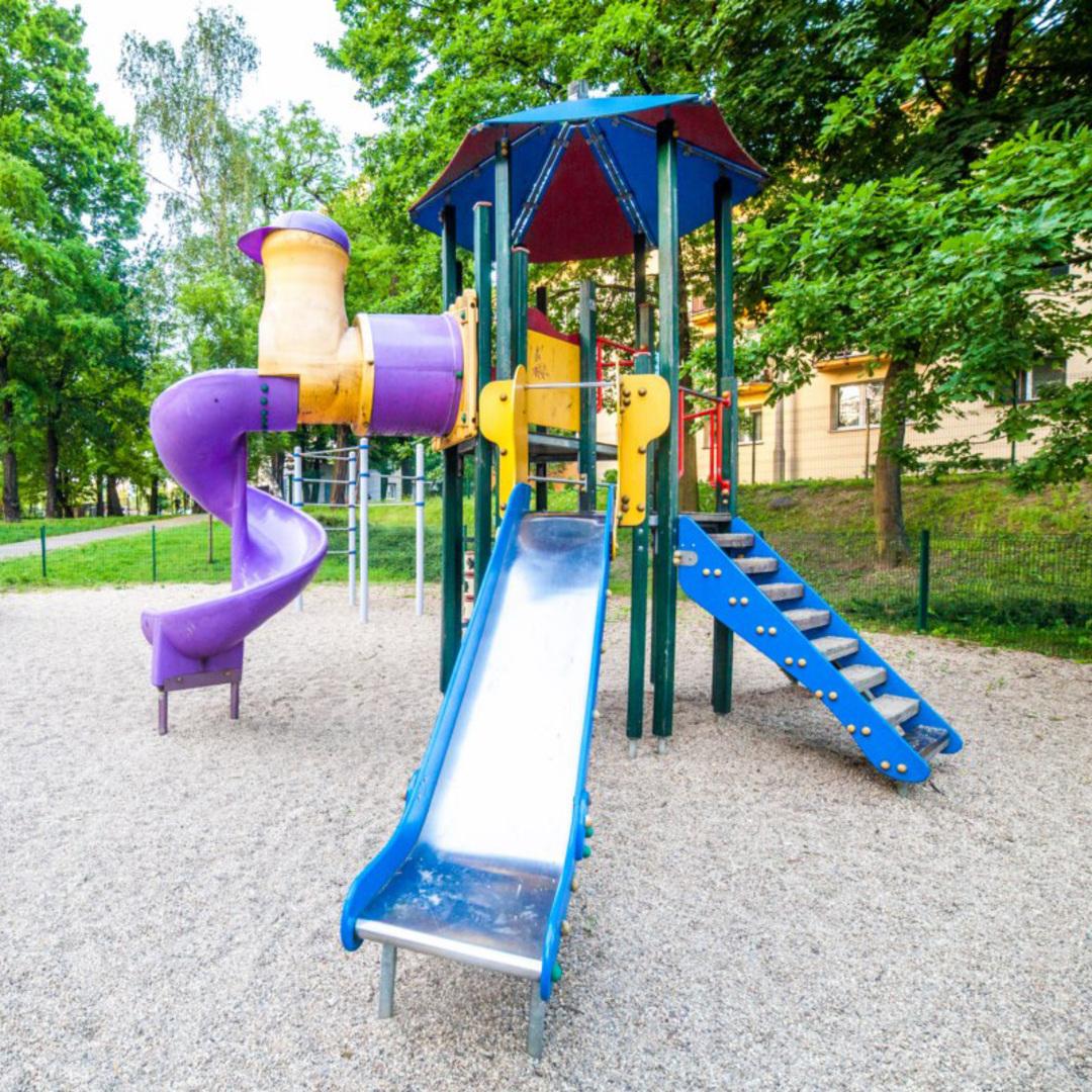 Plac zabaw dla dzieci katowice zaleze