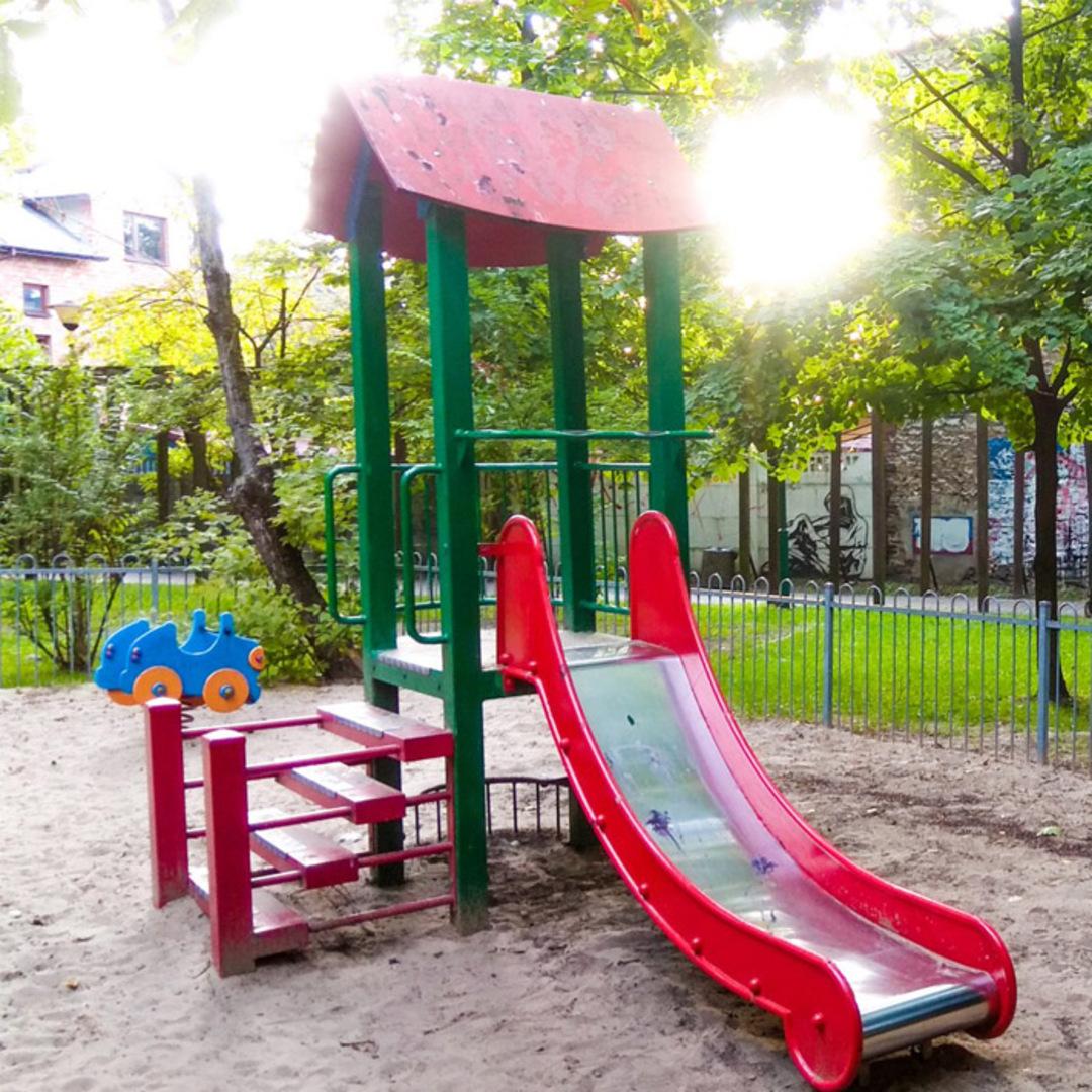 Plac zabaw olkusz park miejski
