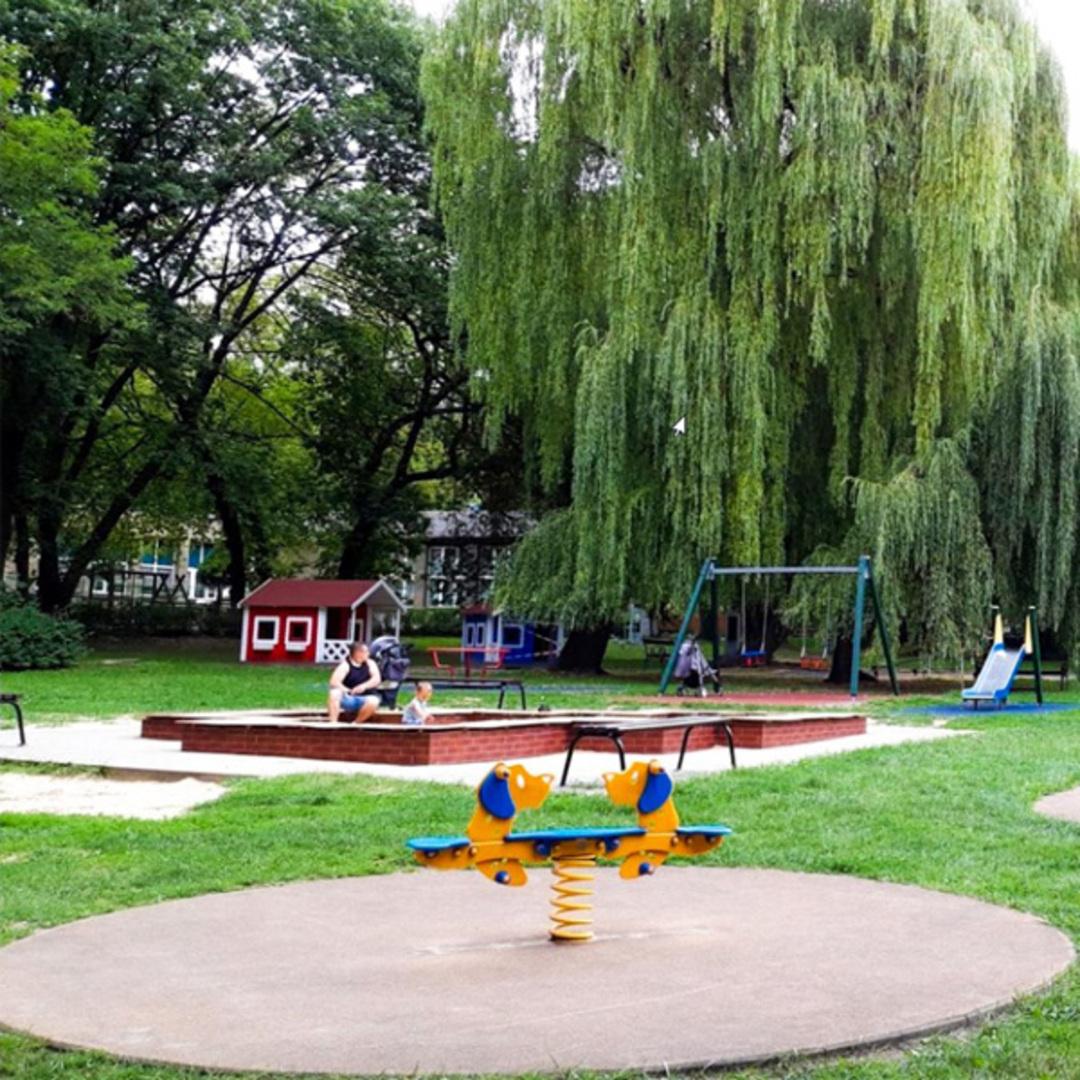 Plac zabaw parku gornik siemianowice slaskie 10