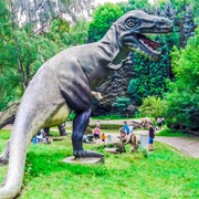Small park dinozaur w
