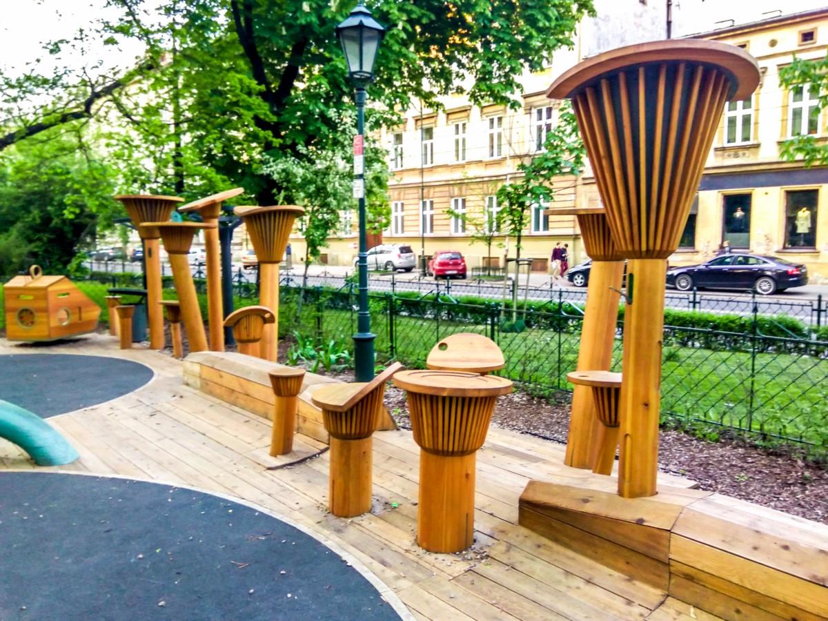 plac zabaw na plantach w Krakowie zdjęcie 5