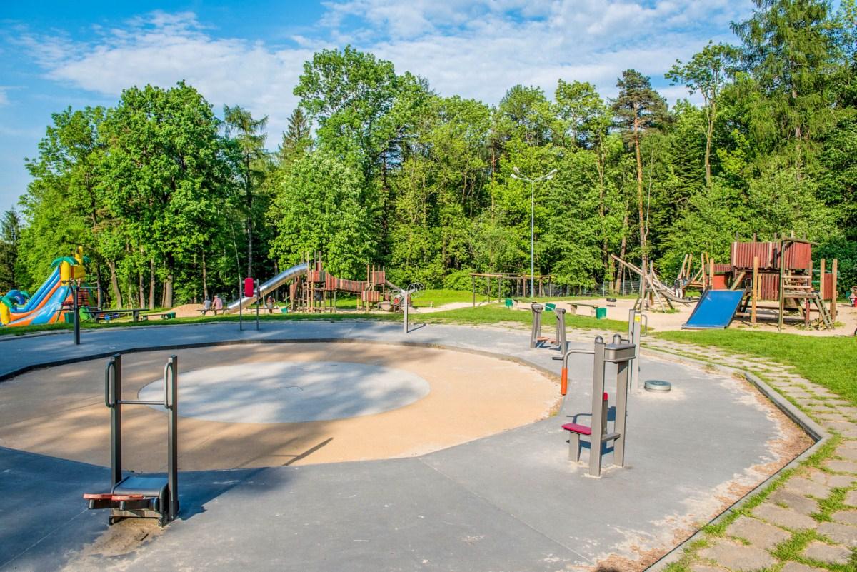 plac zabaw dla dzieci na błoniach Bielsko-Biała zdjęcie 0