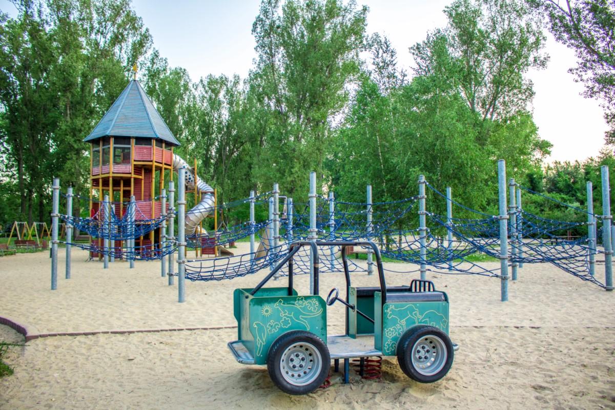 Plac zabaw dla dzieci Park Kępa Potocka Warszawa zdjęcie 0