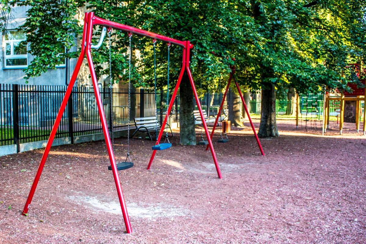 plac zabaw dla dzieci Warszawa Park Wielkopolski zdjęcie 4