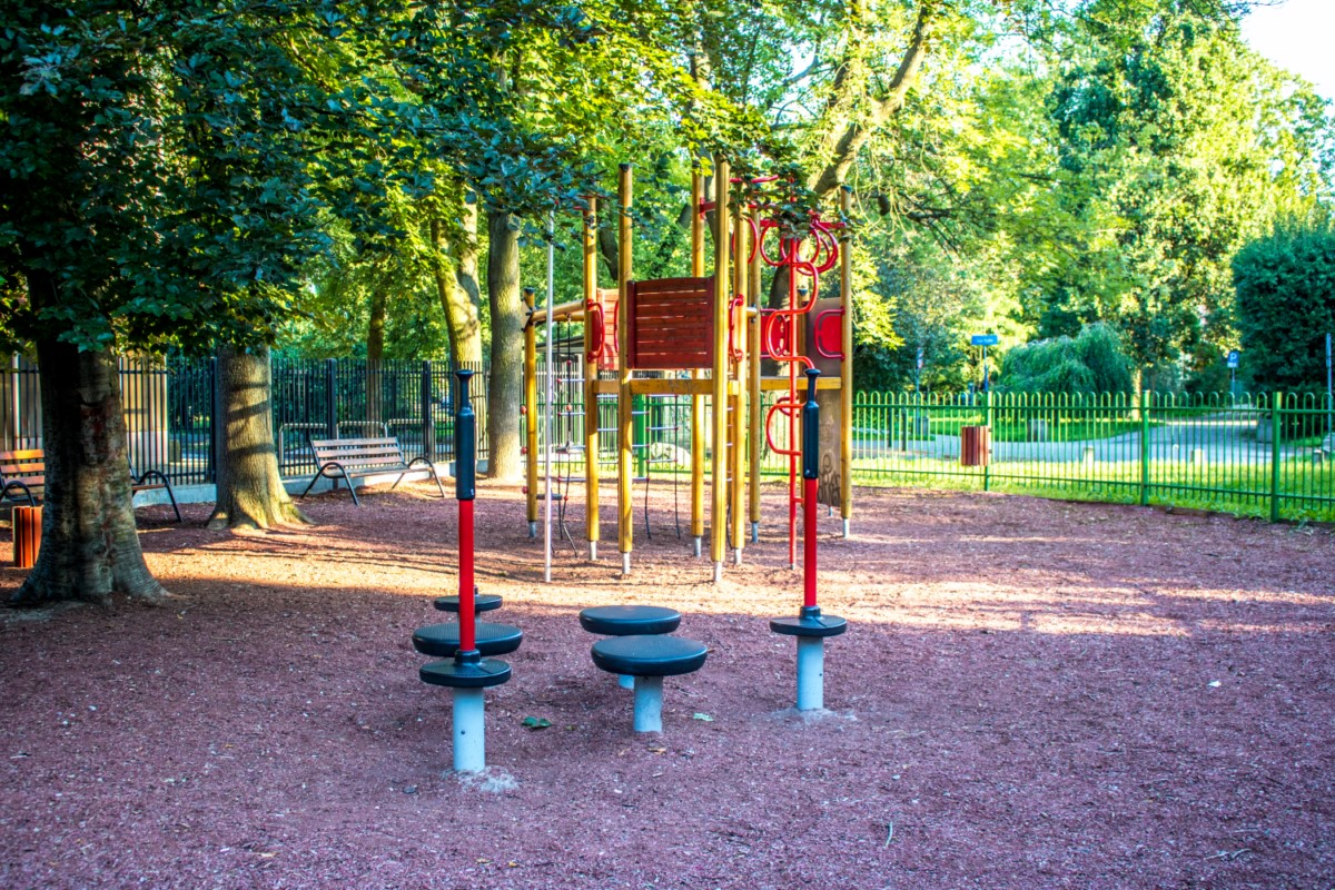 plac zabaw dla dzieci Warszawa Park Wielkopolski zdjęcie 2
