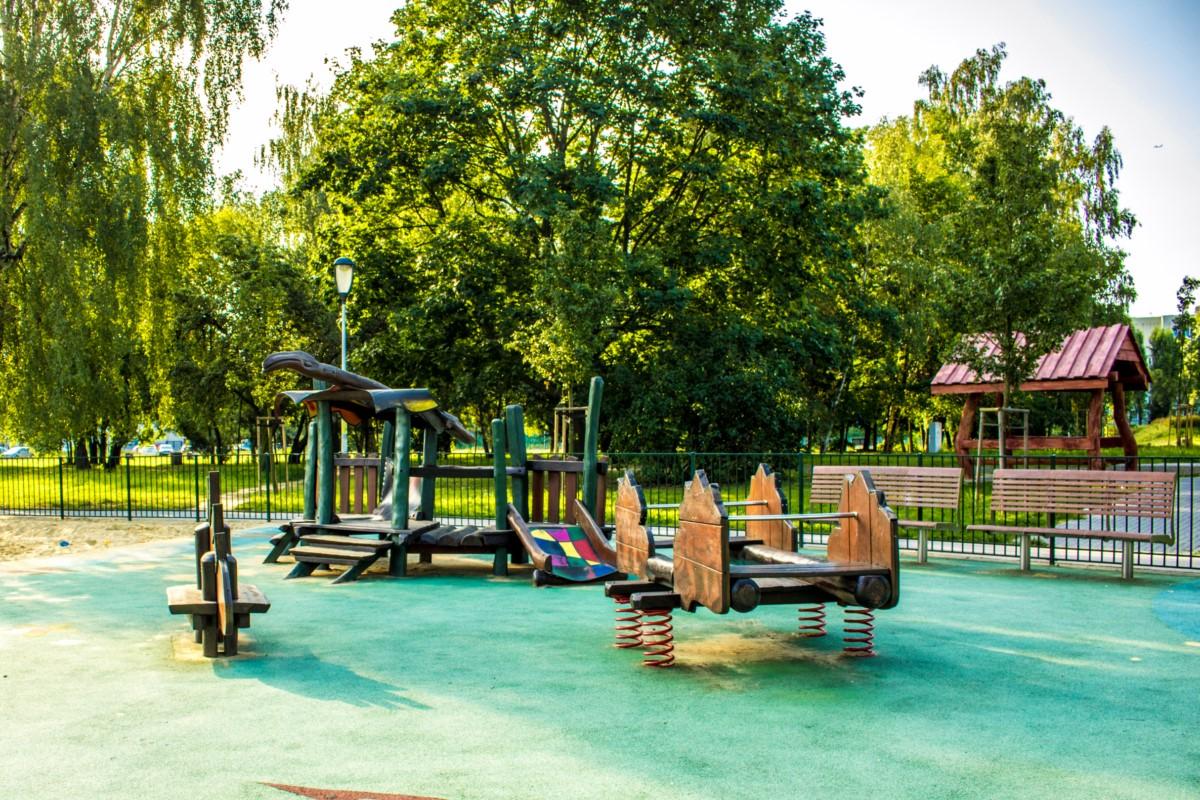 plac zabaw olkówek park jurajski warszawa Ursynów  zdjęcie 7