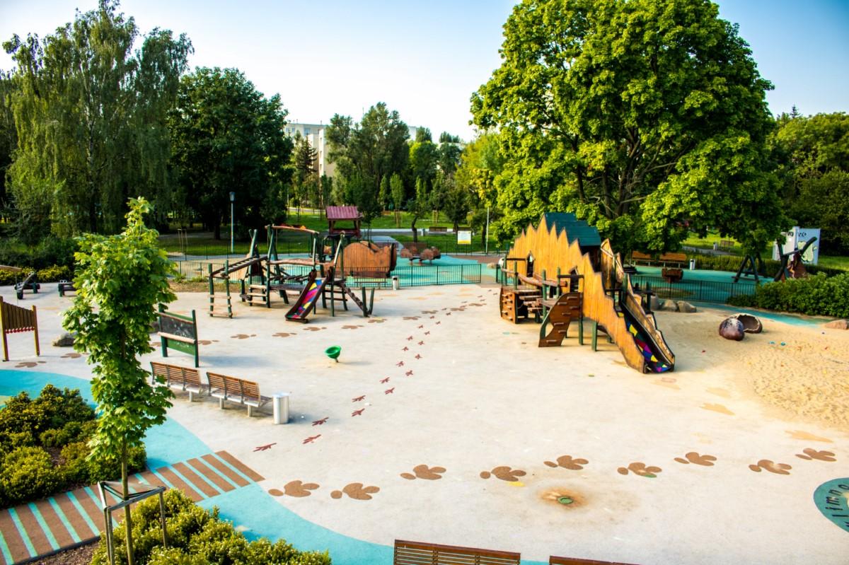plac zabaw olkówek park jurajski warszawa Ursynów  zdjęcie 3