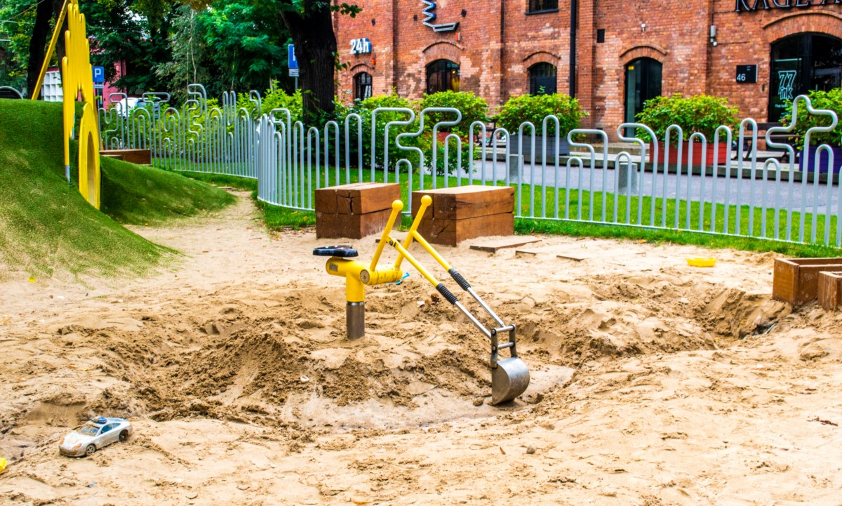plac zabaw dla dzieci w fabryce soho w warszawie  zdjęcie 3