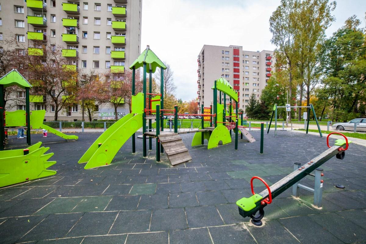 Smoczy plac zabaw Kraków ul. Krowoderskich Zuchów zdjęcie 9
