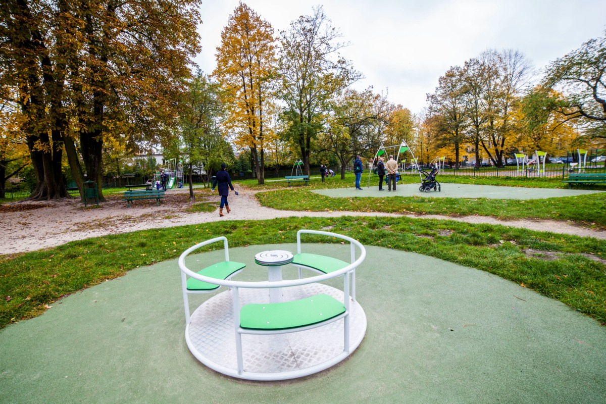 Plac zabaw Kraków park Tadeusza Kościuszki zdjęcie 9