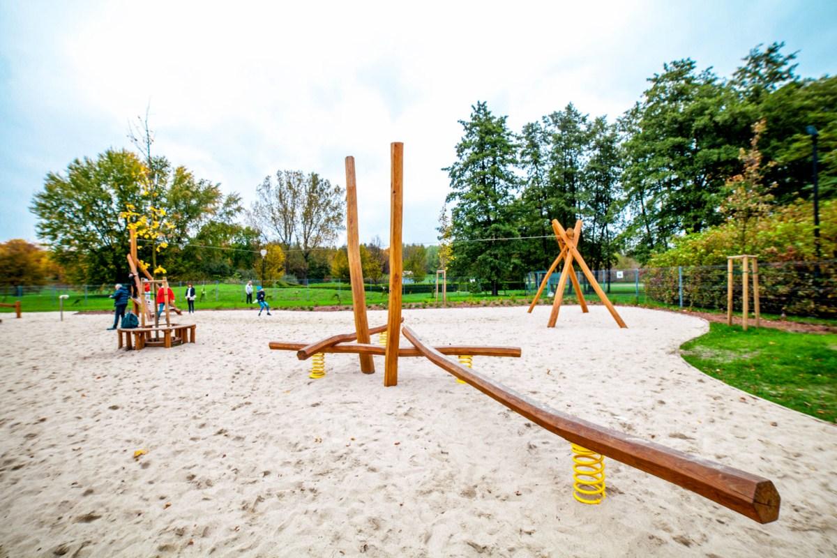 Smoczy plac zabaw w Parku Arena w Krakowie zdjęcie 0