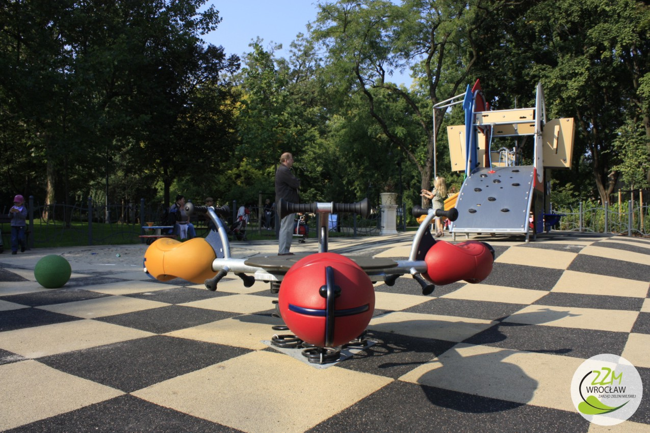 Plac zabaw Ogród Staromiejski we Wrocławiu zdjęcie 3