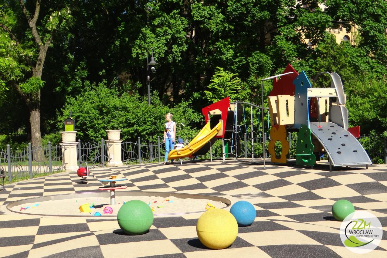 Plac zabaw Ogród Staromiejski we Wrocławiu zdjęcie 0