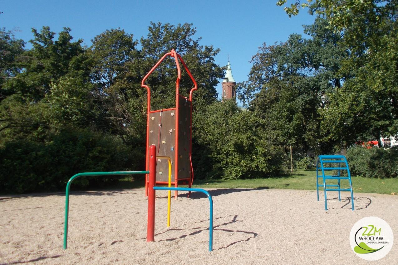 Plac zabaw Park Staszica we Wrocławiu zdjęcie 9