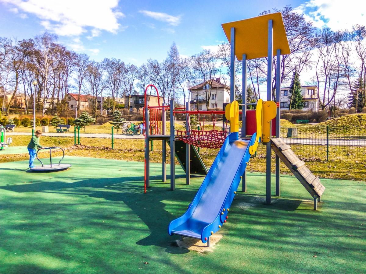 Plac zabaw Ruda Śląska Park Strzelnica zdjęcie 3