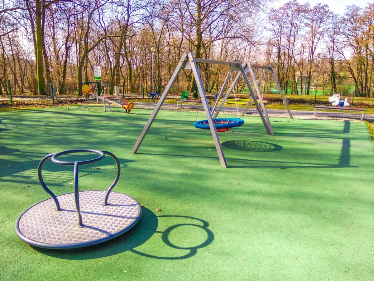 Plac zabaw Ruda Śląska Park Strzelnica zdjęcie 2