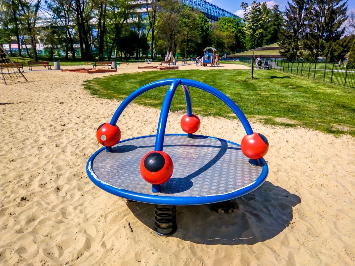 plac zabaw dla dzieci w parku jordana w krakowie zdjęcie 0
