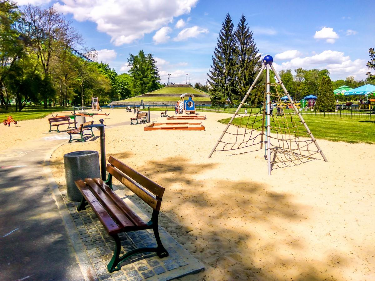 plac zabaw dla dzieci w parku jordana w krakowie zdjęcie 5
