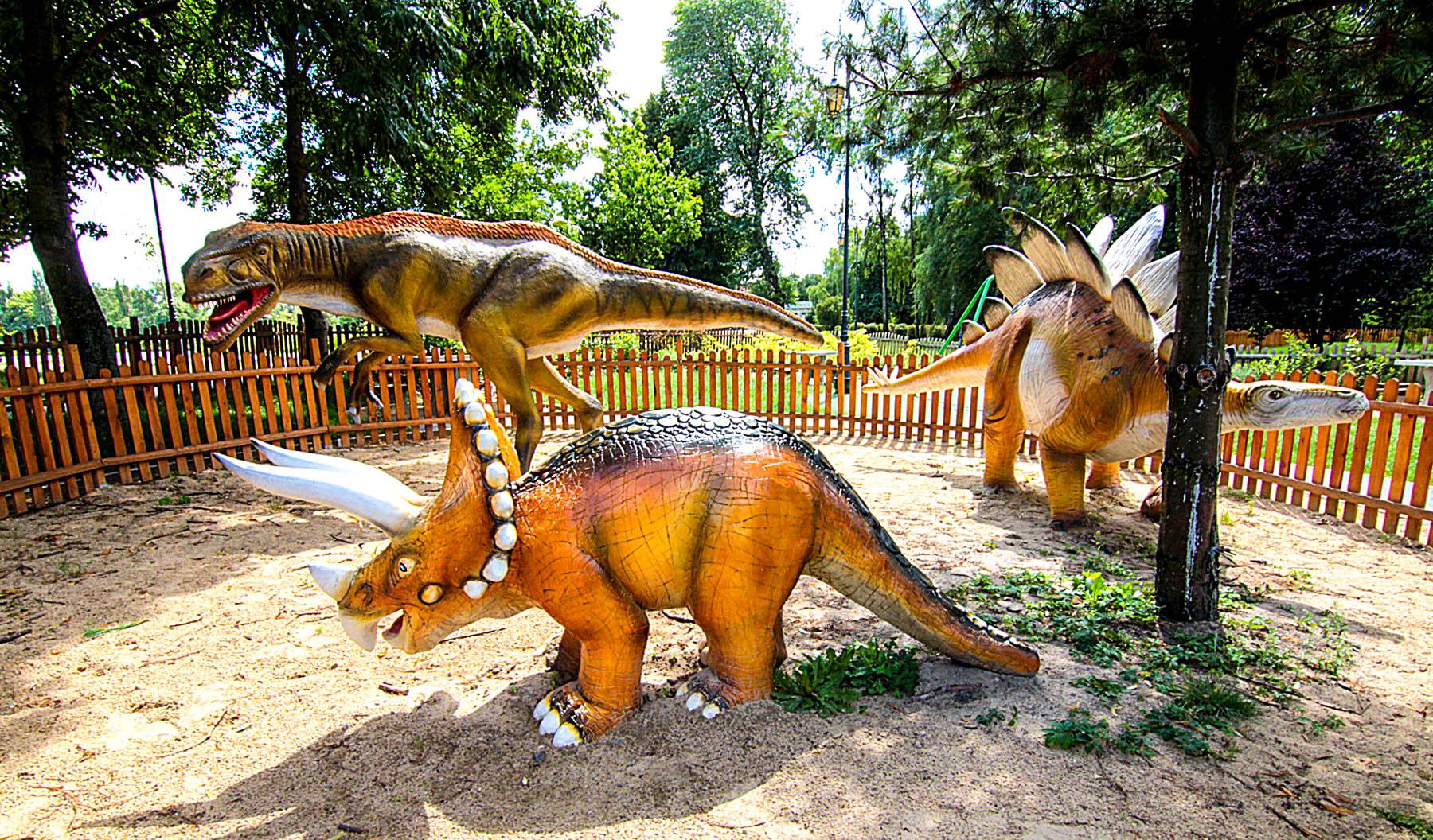 park dinozaurów w Zgierzu