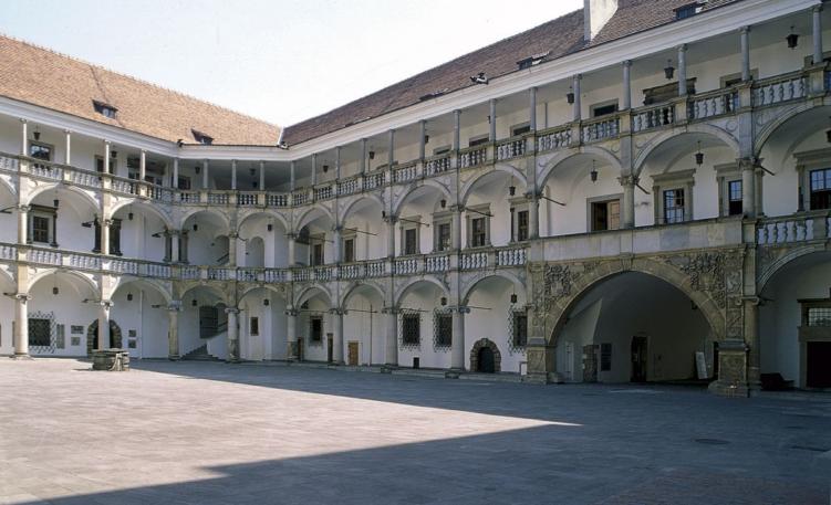 zamek piastów śląskich w opolskim