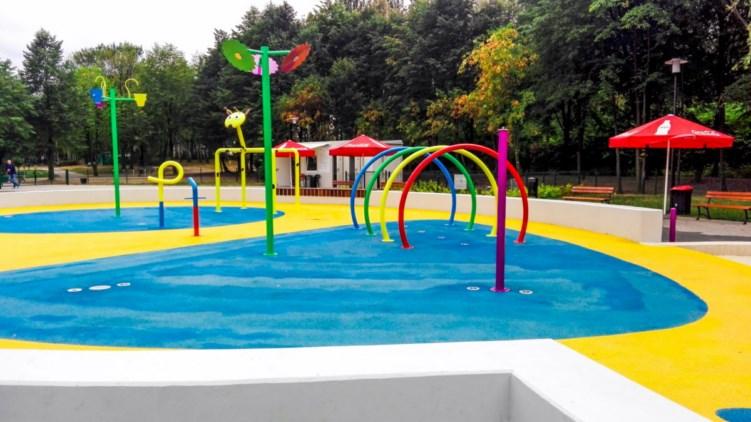 wodny plac zabaw w dolinie 3 stawów w Katowicach