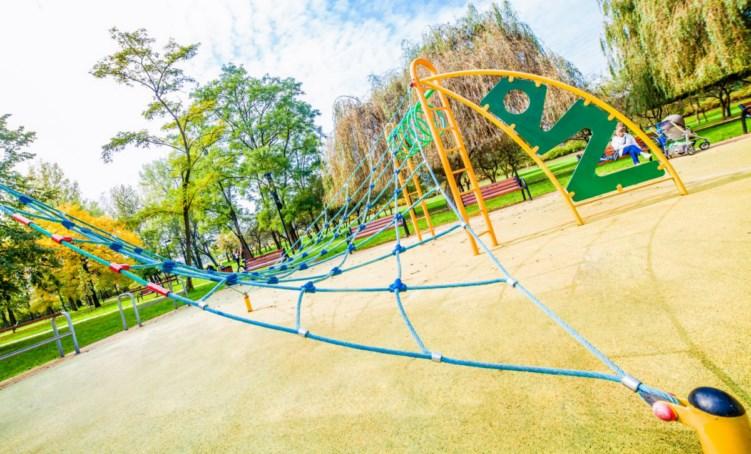 plac zabaw park alojzego budnioka w Katowicach