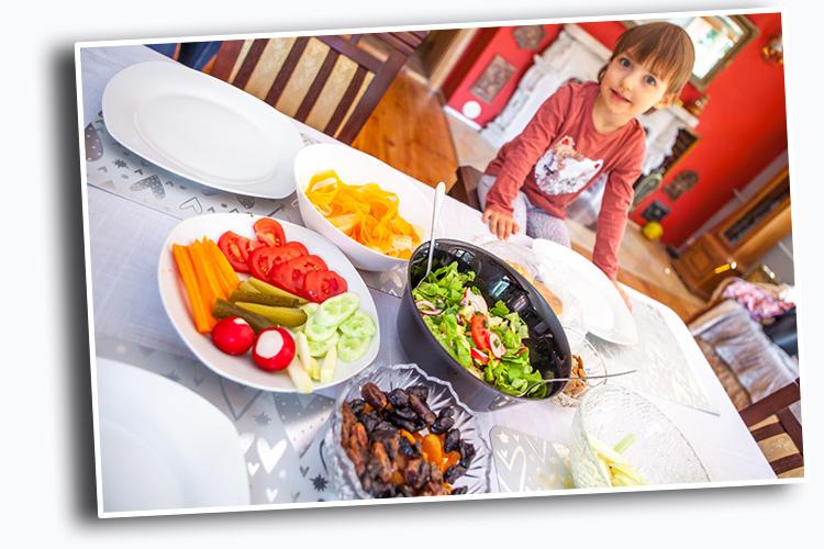 jak nauczyć dziecko jeść warzywa
