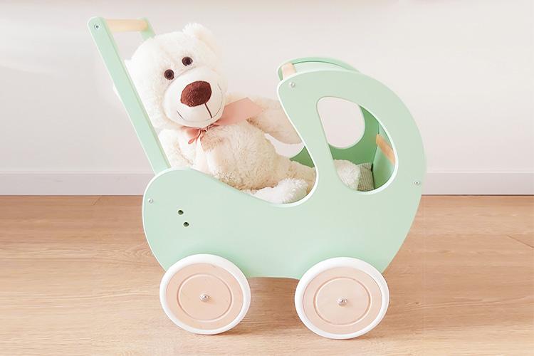 drewniany wózek dla dzieci