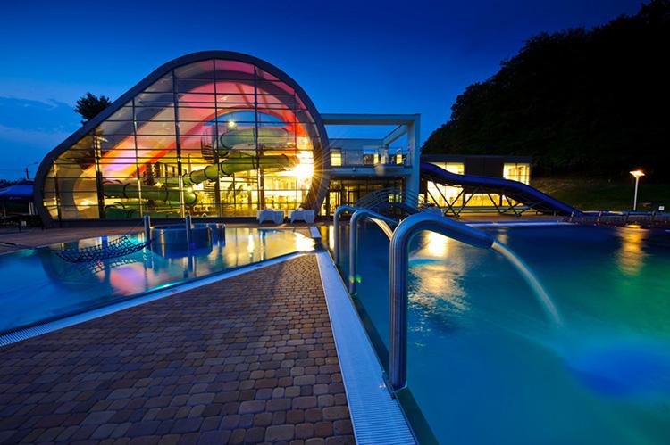 aquapark trzebnica zdroj