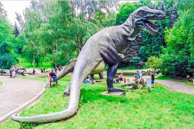 park dinozaurow w chorzowie