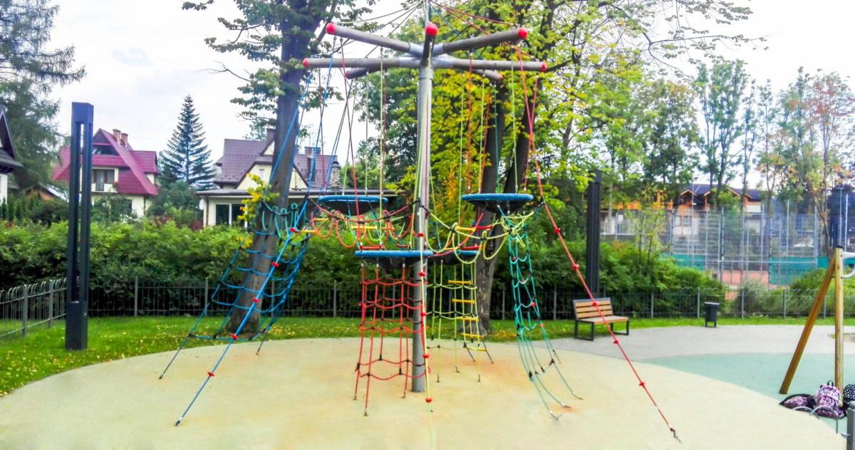 plac zabaw dla dzieci Zakopane park Piłsudskiego