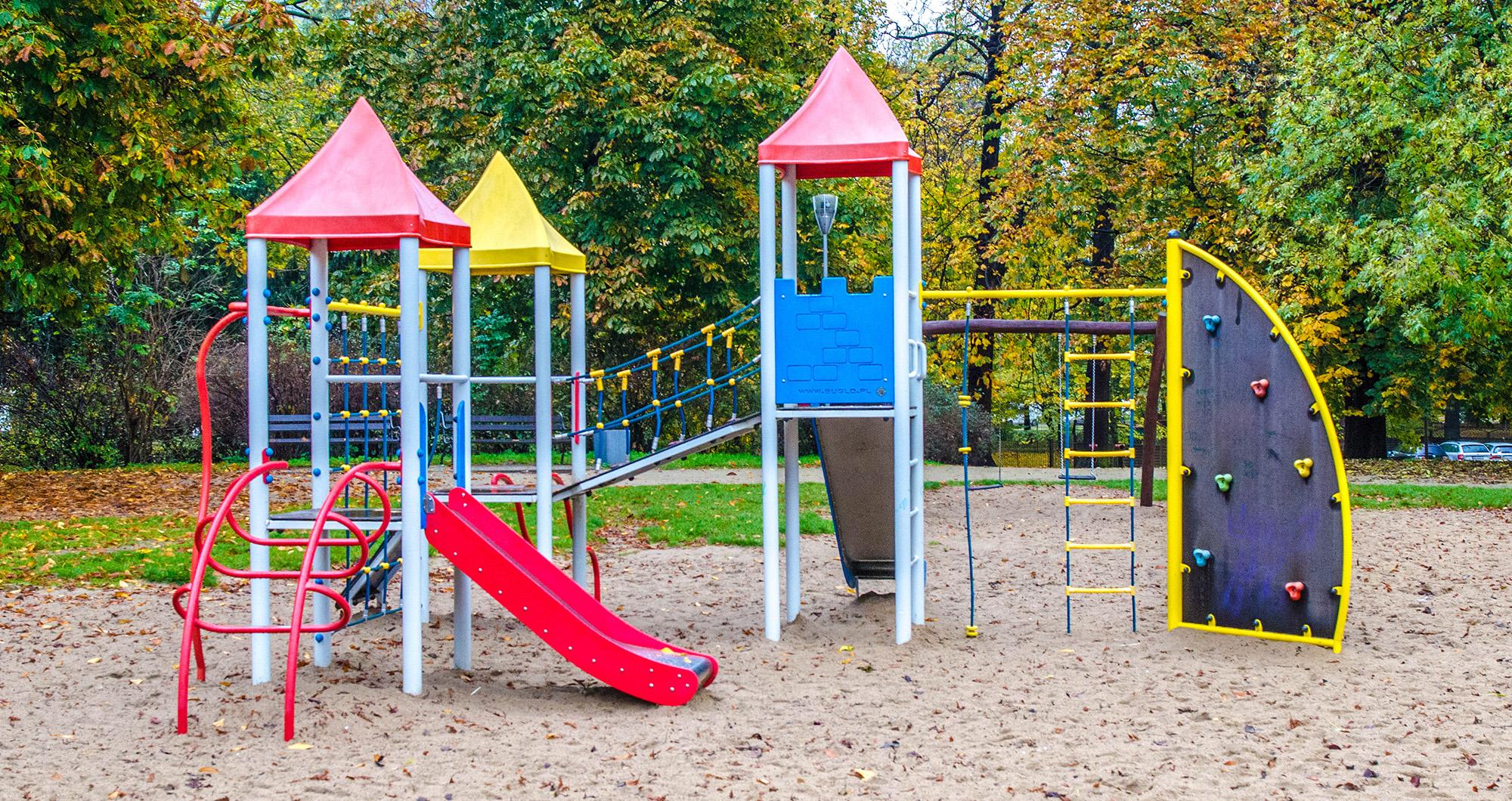 plac zabaw dla dzieci park Stefana Żeromskiego